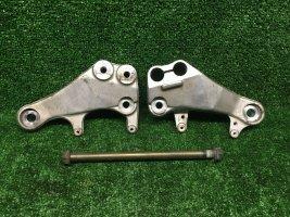 Кронштейны двигателя верхние Suzuki TL1000R