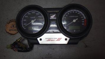 Приборная панель Honda CB400