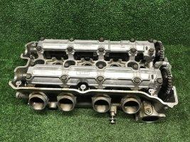 Головка двигателя ГБЦ Honda CBR 900 919 98-99 SC33