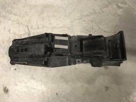 Пластик подрамника Suzuki GSR400 GSR600