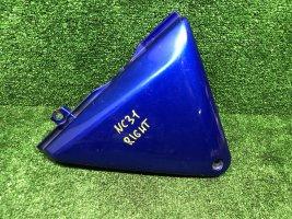 Пластик под баком правый Honda CB400 NC31