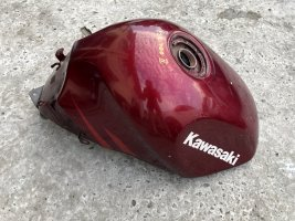 Бензобак бак Kawasaki ZZR 400 400-2